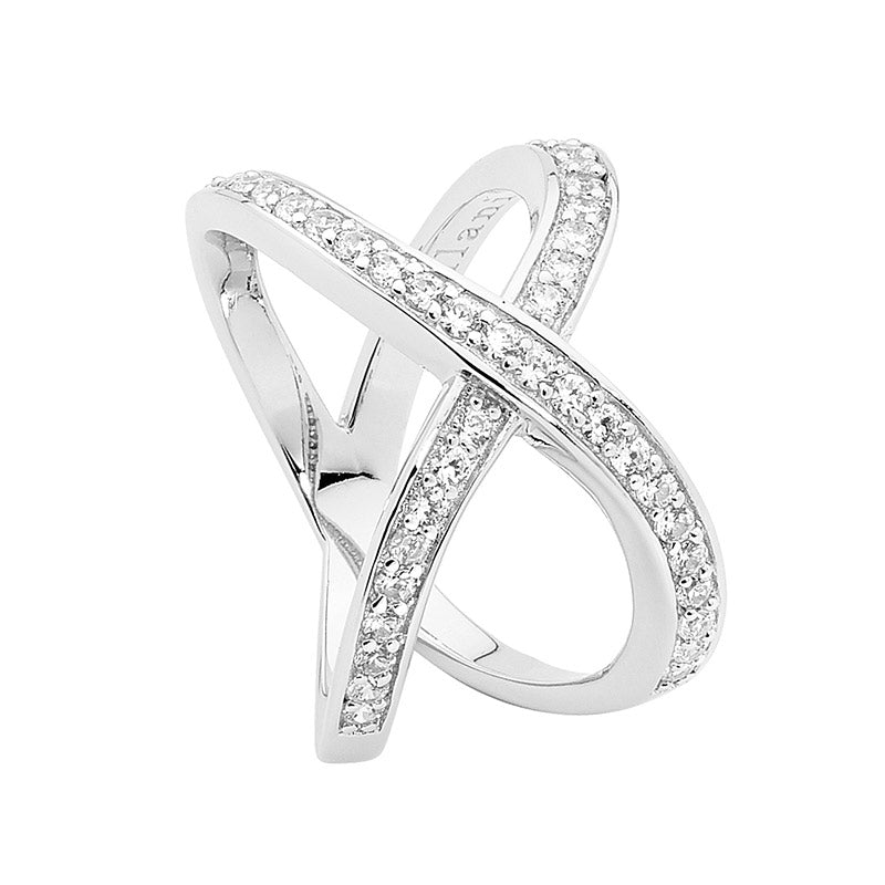 Split Band Cross Over Ring