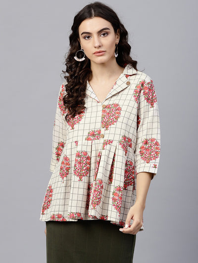 Off white printed top with Notched collar and 3/4 sleeves