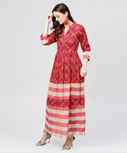 Red printed dress with mandarin collar and 3/4 sleeves