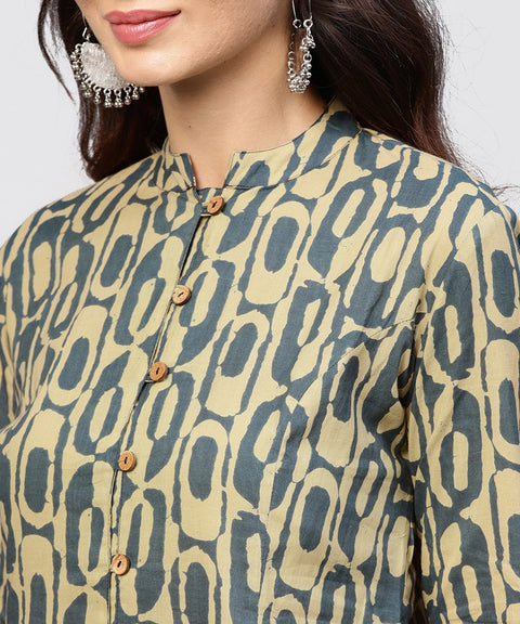 Green Printed Panelled cut A-line Kurta with Madarin Collar and front Placket