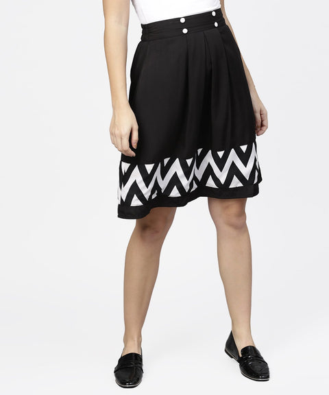 Black & White printed flared skirt with button