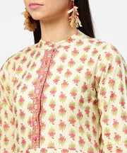 Off white printed 3/4th sleeve cotton straight kurta