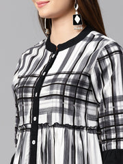 Black check 3/4th sleeve front open kurta