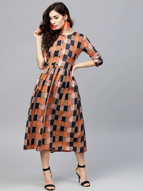 Multi colored  Round neck checked dress with front placket and 3/4 sleeves