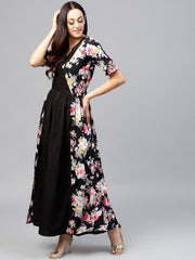 Black maxi dress with round neck and 3/4 sleeves