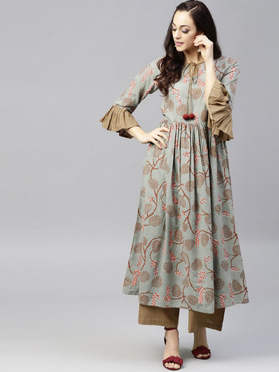 Multi colored 3/4th sleeve cotton anarkali kurta with solid ankle length palazzo
