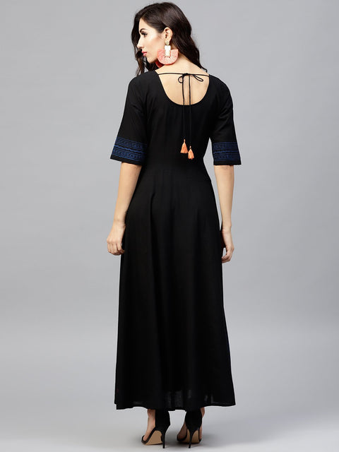 Black Block printed maxi dress with Round neck and  halfsleevs
