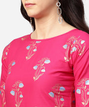 Pink printed 3/4th sleeve cotton kurta with printed skirt