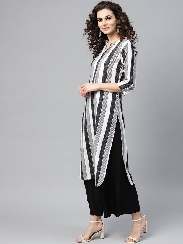 Black & White striped printed 3/4th sleeve cotton kurta