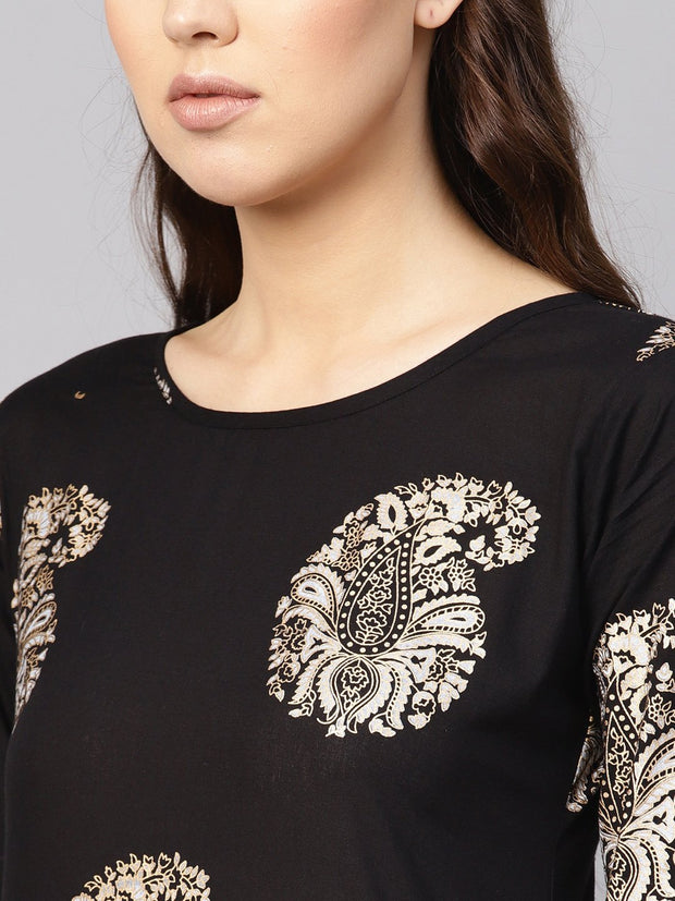 Women Black & Golden Printed Kurta with Skirt