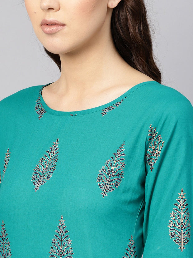 Women Green & Navy Blue Printed Kurta with Skirt
