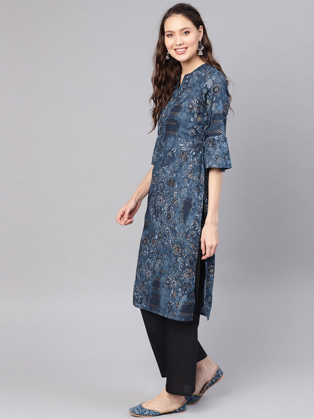 Women Navy Blue & Golden Printed Straight Kurta