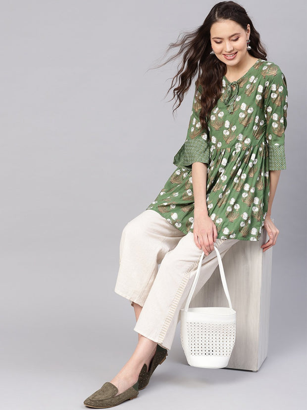 Women Green & White Printed A-Line Tunic