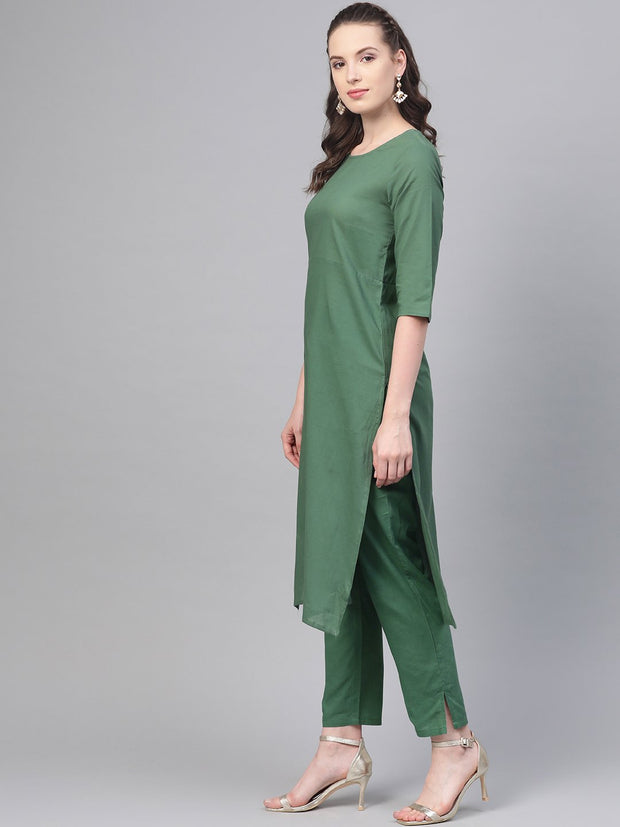 Solid Green Straight Kurta set with Pants & Multi colored Dupatta