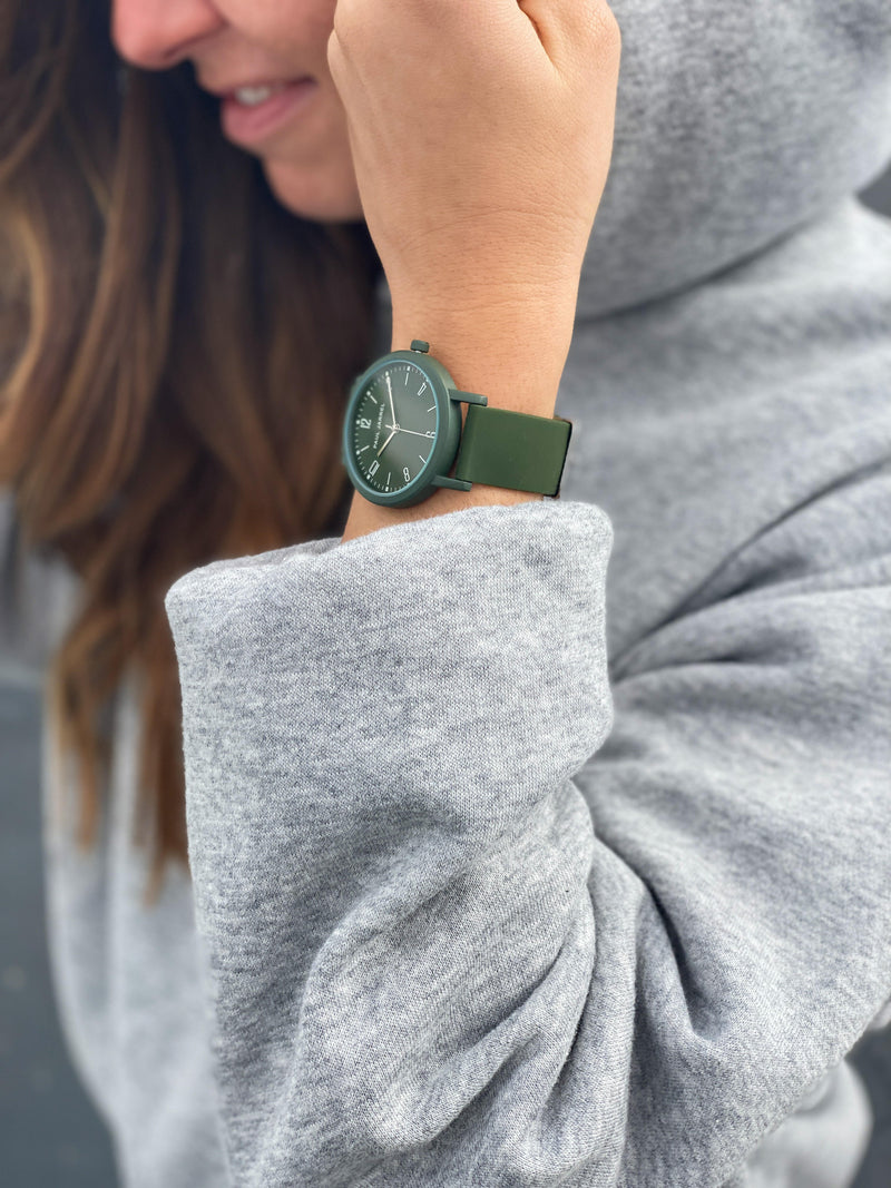 Women watches, silicone watches for women, unisex watches, paul jarrel watches, unisex watch, silicone green women watch, women watches affordable, women sports watch, montre femme sportive