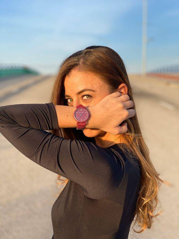 women watches, silicone watch for women, bordeaux montre femme, swatch burgandy watch,