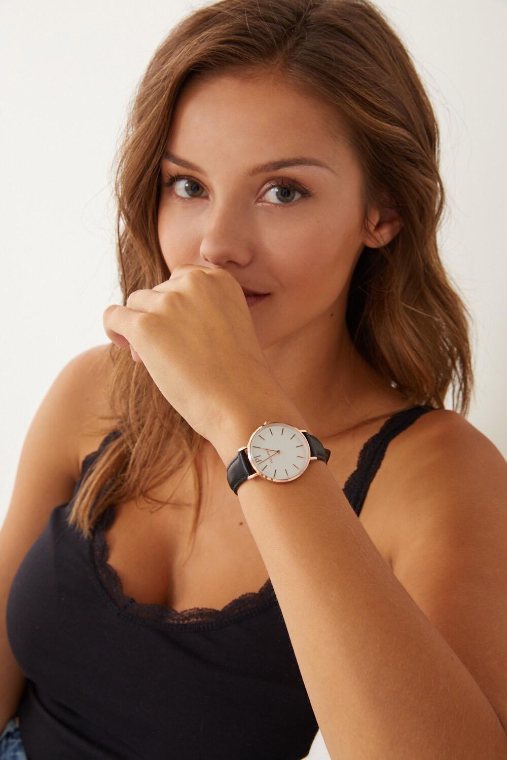 Women watches, leather watch for women, affordable watches, paul jarrel watches, paul watches, montre cuir femme, montre pas chère, relojes mujer barato