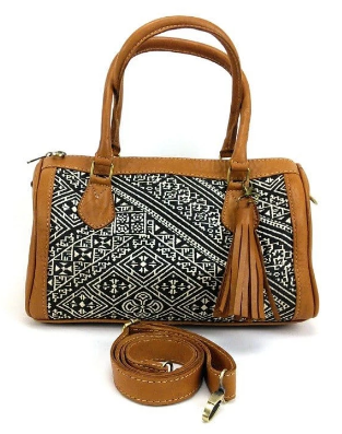 Hennu - leather and textile handbag