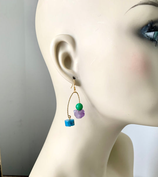 THREE STONE GOLD EARRINGS