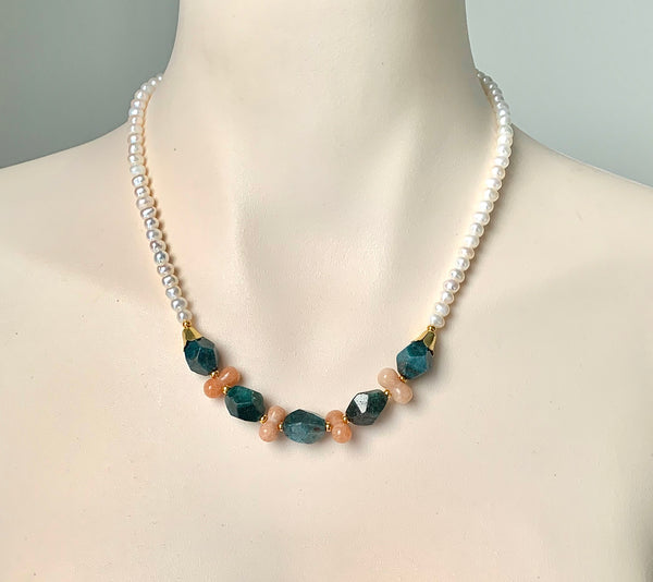APATITE JADE AND PEARL GOLD HANDMADE NECKLACE