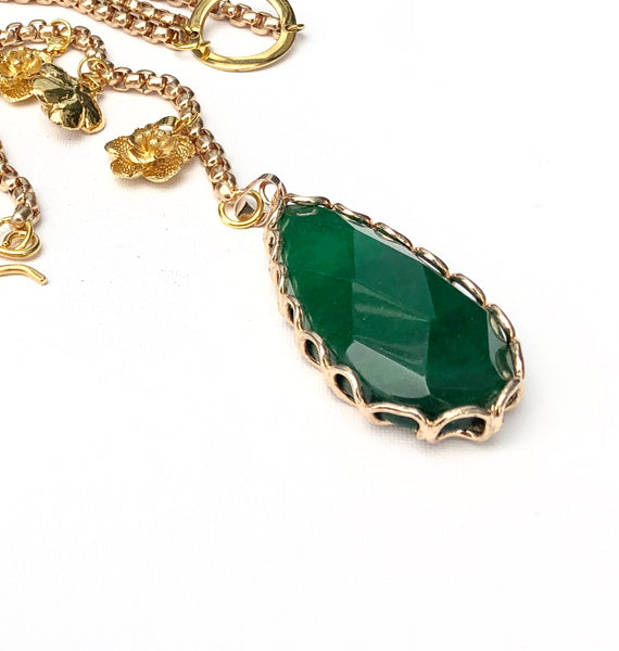GREEN LARIAT NECKLACE