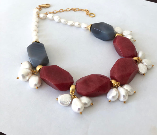 CHUNKY AGATE STATEMENT NECKLACE