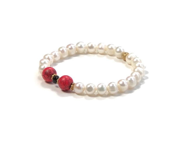 RED HOWLITE AND PEARL BRACELET