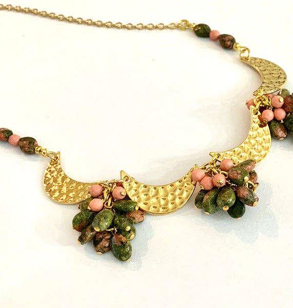 JASPER GEMSTONE CLUSTER GOLD HAMMERED MOON HANDMADE NECKLACE