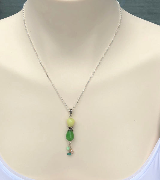 DELICATE JADE SILVER NECKLACE