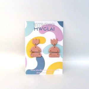 Stiwdio Mwclai - Pink Dangle Earrings