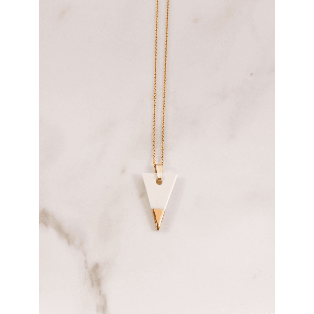 SPEARHEAD NECKLACE. WHITE, YELLOW GOLD.