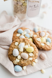Mini Egg with White Chocolate Chip - Mini Size