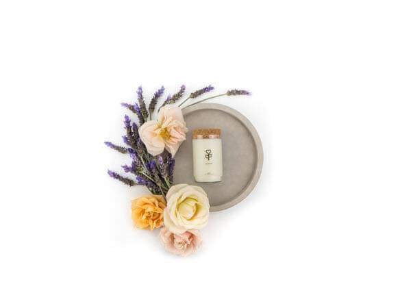 bloom floral candle