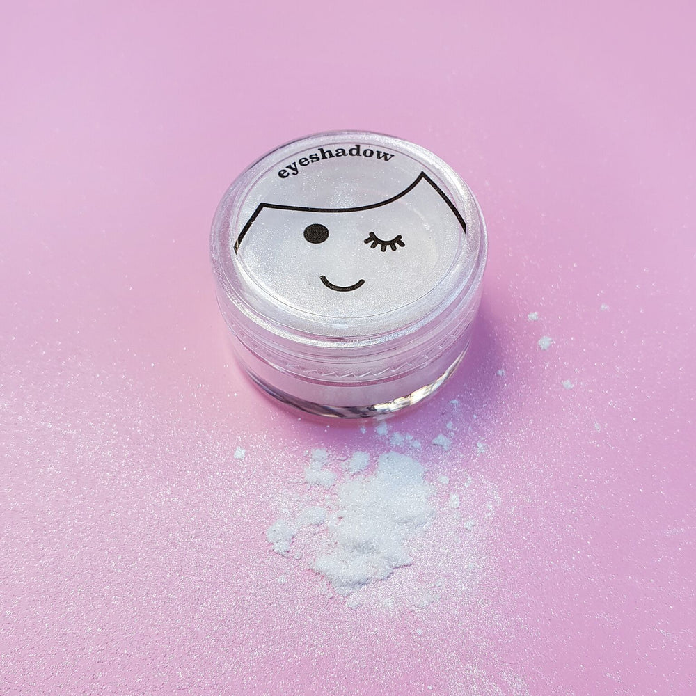 Kids White Shimmery Eyeshadow