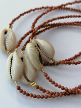 Load image into Gallery viewer, Cowry Crystal Bracelet