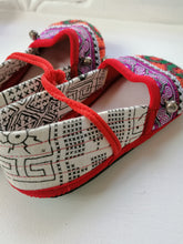 Load image into Gallery viewer, Kiddies Kaleido Shoes