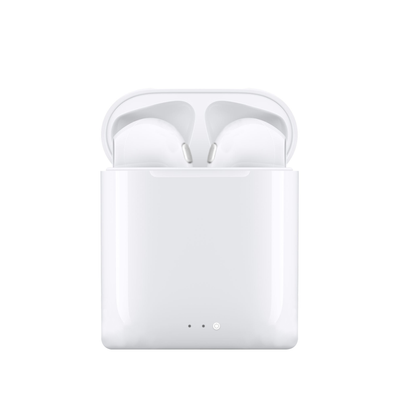 White EarPods w/ Charging Case