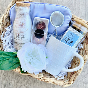 Gift Wrapped Basket with Breakfast Tea