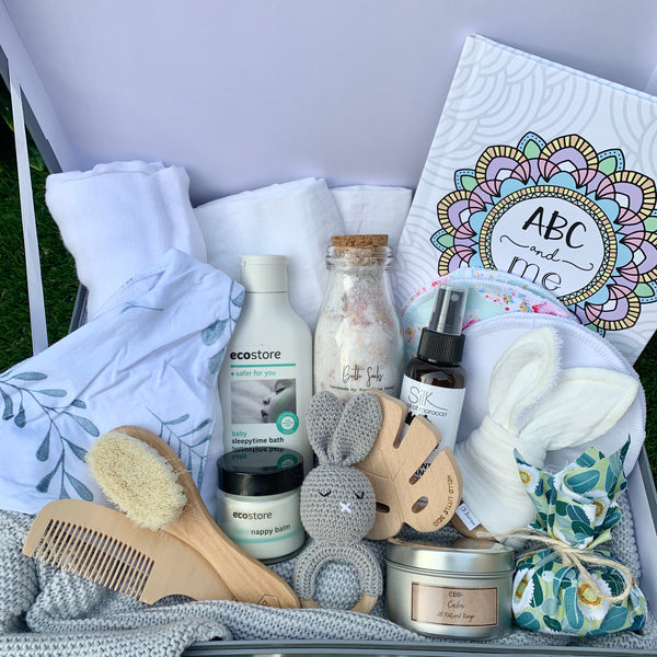 The Deluxe Baby Shower Box {It's A Surprise!}