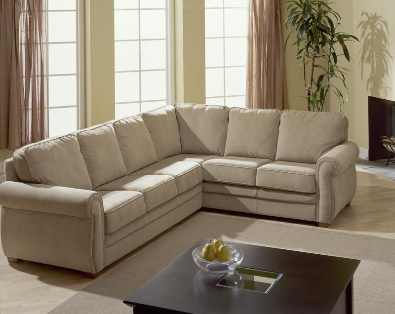 Viceroy - example living room with Left Arm Sofa w/ return and Right Arm Loveseat