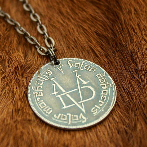 Valar Morghulis Necklace - Smart Gifts