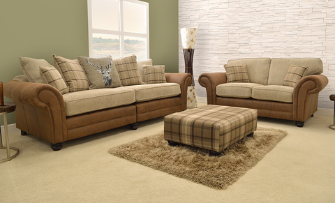 Cambridge three seater lifestyle photo