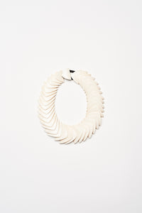 Necklace in white bone
