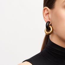 Load image into Gallery viewer, Chain earrings in ebony and gold foil