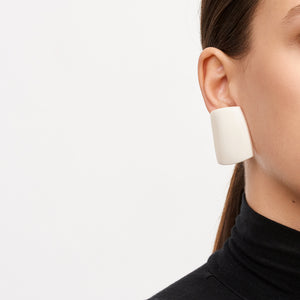 Earring in white bone