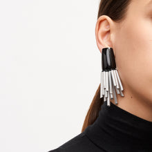 Load image into Gallery viewer, Stavanger earclips in aluminum