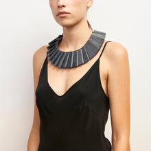 Load image into Gallery viewer, Torino necklace in acacia