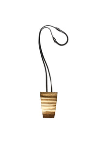 Pavia pendant in acacia, goldfoil and leather