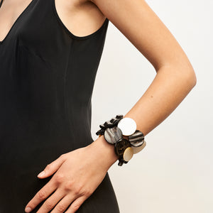 Rovigo bracelet in horn, mother of pearl and leather