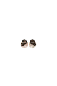 Siracusa earclips in horn and mother of pearl